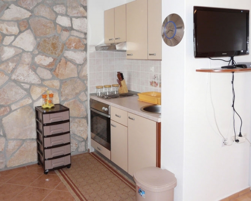 Studio Apartment BL-081