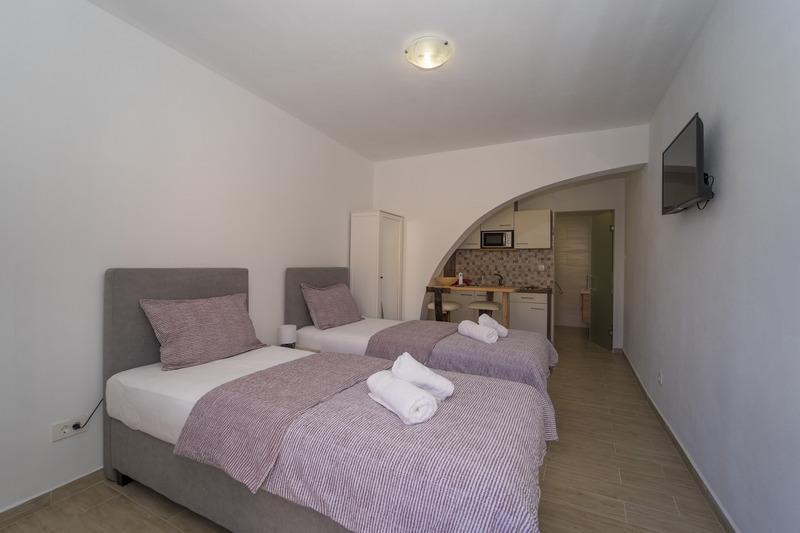 Studio Apartment VL-129