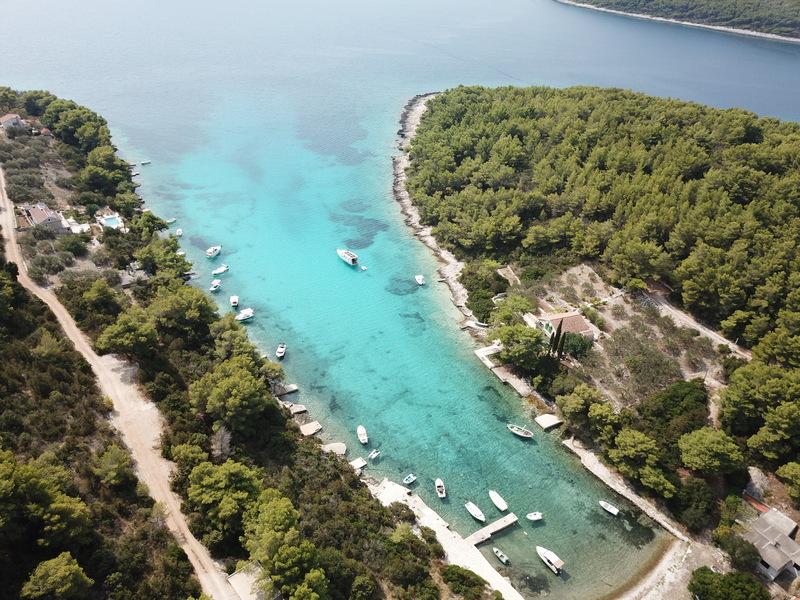 SLATINA BAY