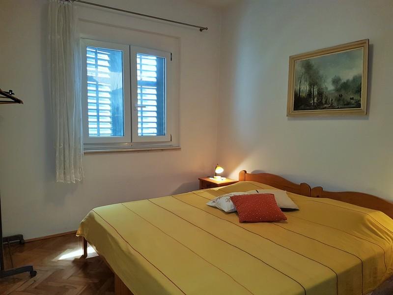 Room VL-072