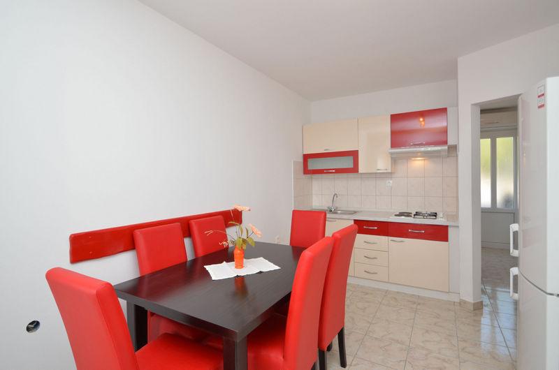 Apartment BL-082