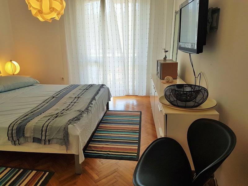 Room VL-098