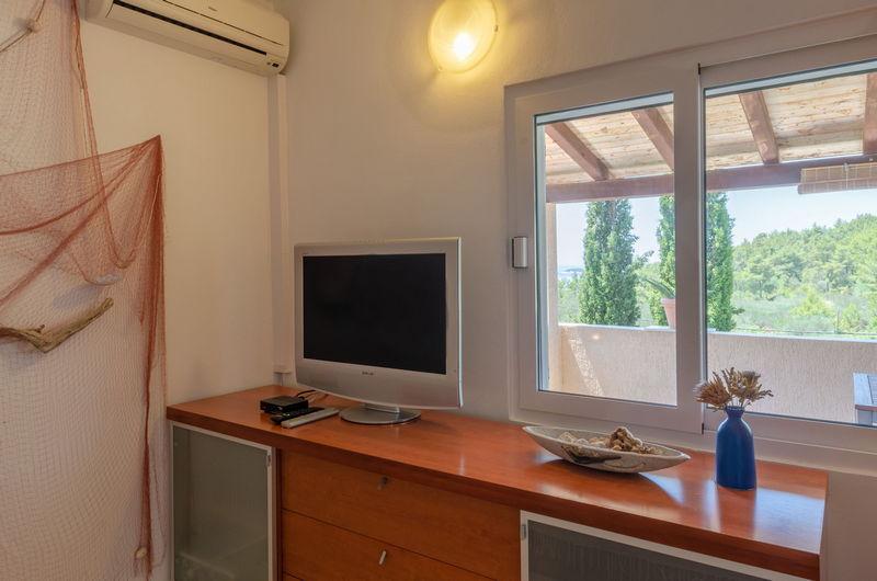 Studio Apartment VL-108